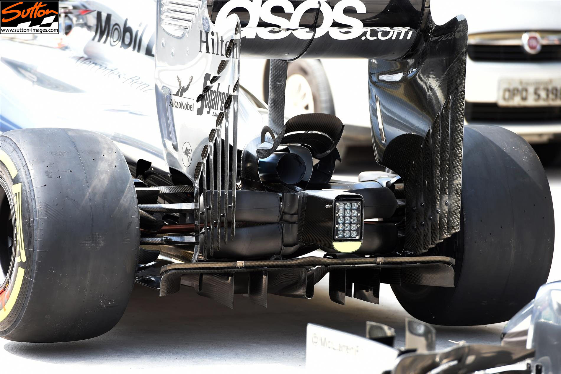 mp4-29-suspension