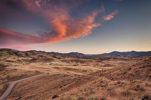 sunset summer clouds oregon paintedhills rollinghills johndayfossilbedsnationalmonument summerroadtrip
