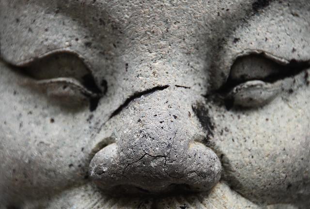 Mirada de piedra en el Gran Palacio de Bangkok