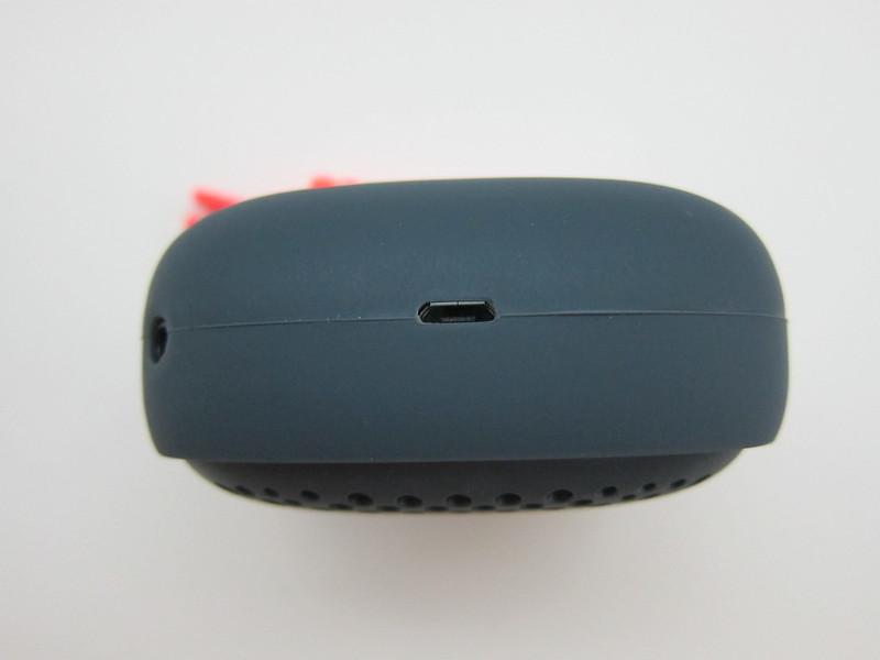 NudeAudio Move S - MicroUSB Port