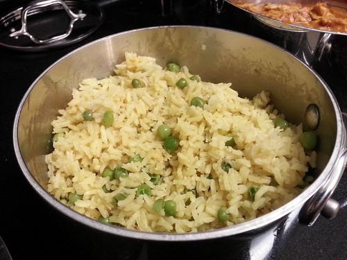 Curry turmeric rice with peas