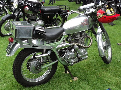 JG16-17 Royal Enfield