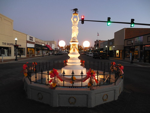 The Boll Weevil Monument