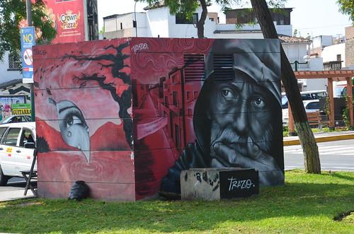 Ein Graffiti in Lima auf einem Strassenkiosk