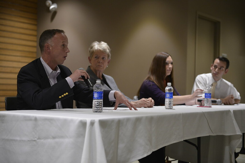 LGBTQ political panel discusses marriage equality, discrimination