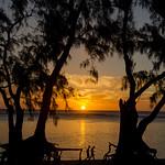 Coucher de soleil sur la plage de l'Ermitage