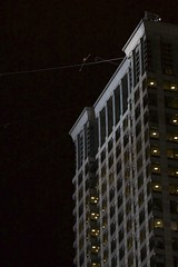 Nik Wallenda conquers Chicago