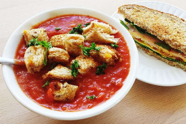 "52 sandwiches no. 50: tomato soup with ""croutons"""