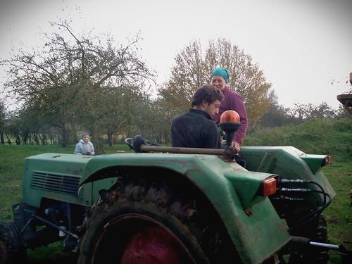 Sur le tracteur