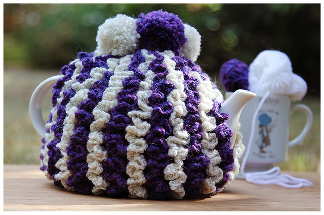 Purple & White Tea Cosy