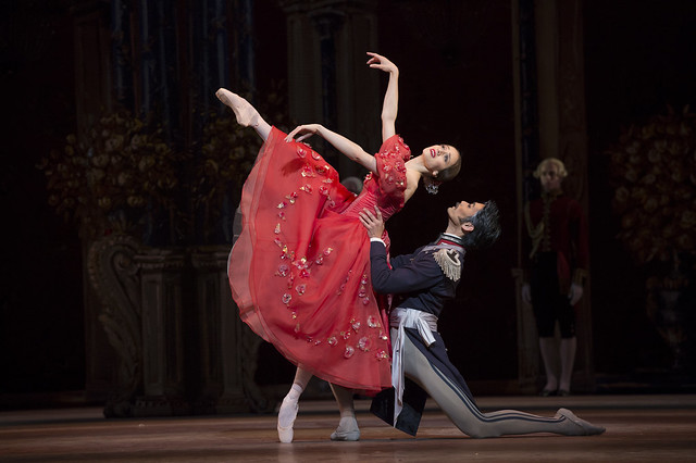 Marianela Nuñez as Tatiana and Ryoichi Hirano as Prince Gremin in Onegin, The Royal Ballet © ROH/Bill Cooper, 2013