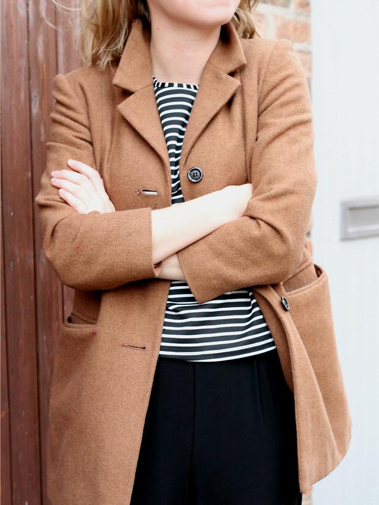 Jumpsuit, breton t-shirt, camel coat   Jazzpad fashion blogger