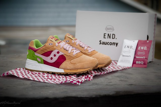 "#7 END. X SAUCONY SHADOW 5000 ""BURGER"""