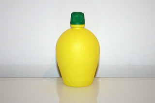 13 - Zutat Zitronensaft / Ingredient lemon juice