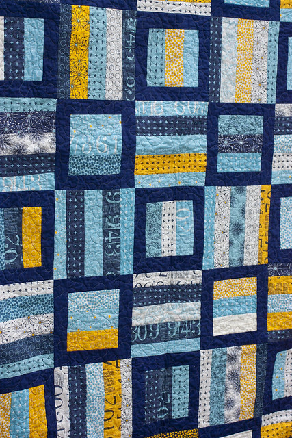 Radio Way Quilt from Jaybird Quilts - www.dontcallmebecky.com