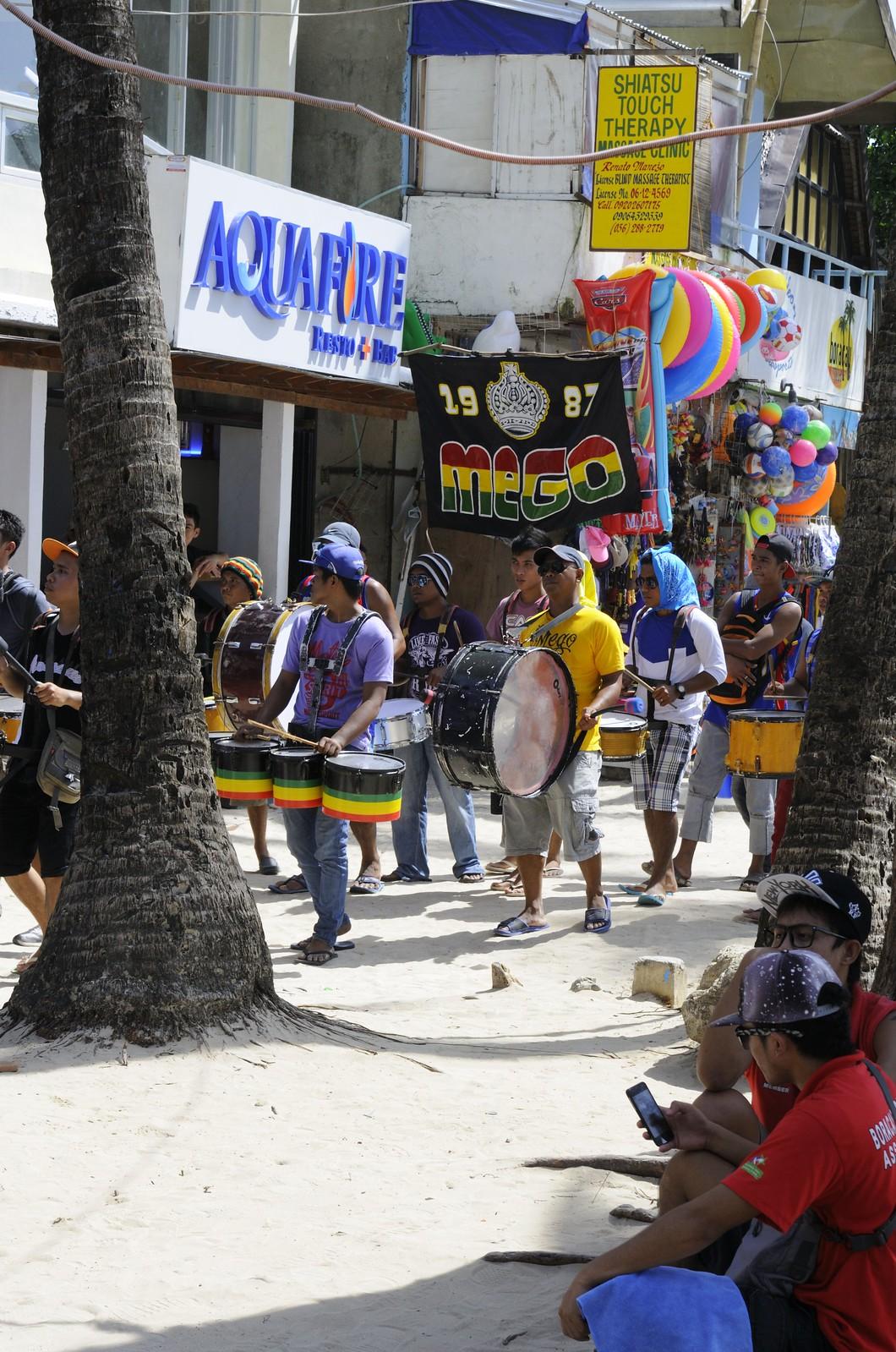 Boracay: Ati-Atihan Festival 10.-11-1-2015