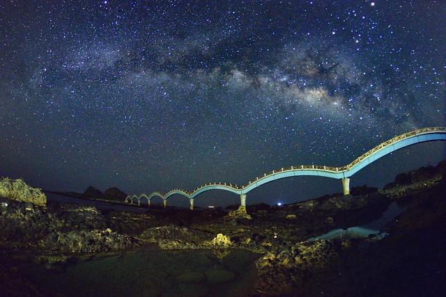 三仙台八拱橋~銀河星空~ Sansiantai(Terrace of the three Immortals)Milky way