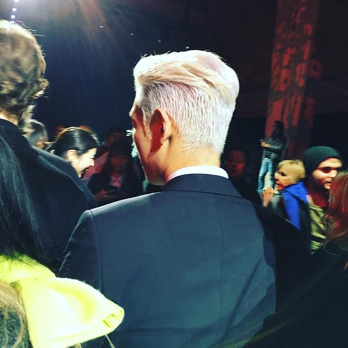 TOP - Dior Homme Fashion Show - 23jan2016 - gonghivesalon24 - 01