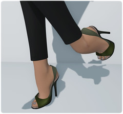 DC92 - Loordes of London - Vermallion Slingbacks #1