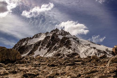 patagonia mountain trekking hiking fitzroy elchaltén