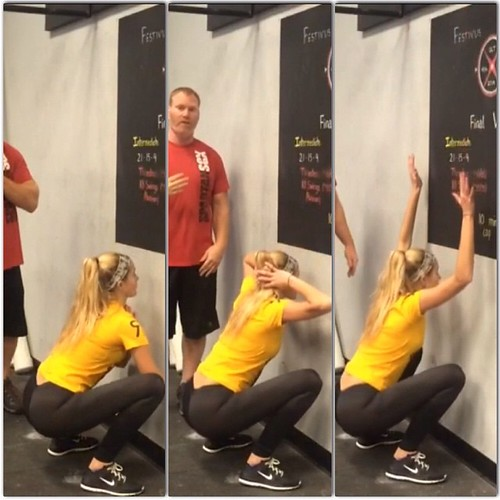 """Day 5 #Spartan30 #squat challenge!  Today is 3 variations of """"Face the Wall"""" Squats: Prayer, Prisoner and """"Y"""". Great way to open up hips and upper back while training the squat pattern.   Brace the abs, hip hinge down and keep that lower back arch, Heels"""