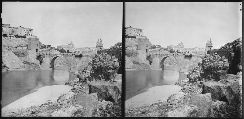 Puente de Alcántara hacia 1900. Fotografía de Alois Beer © Österreichische Nationalbibliothek