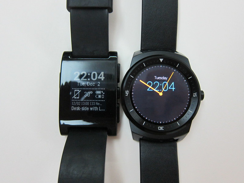 LG G Watch R - vs Pebble