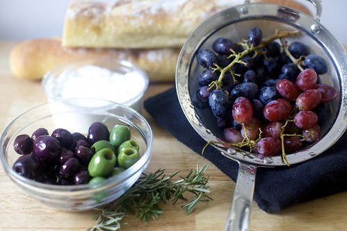 a mix of grapes and olives isn't necessary