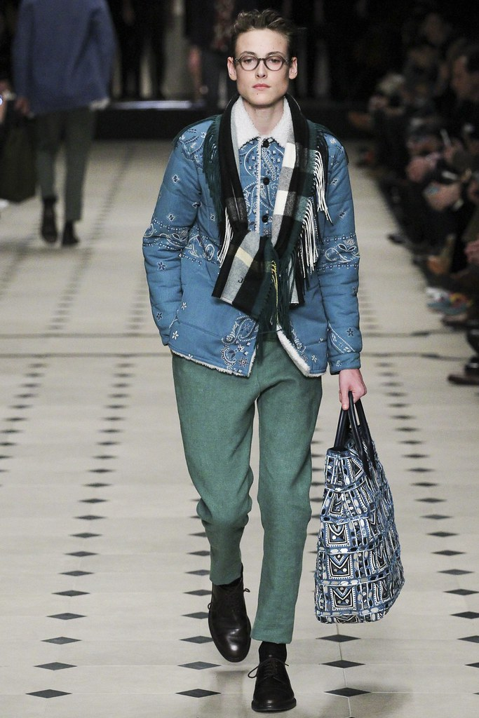 FW15 London Burberry Prorsum013(VOGUE)