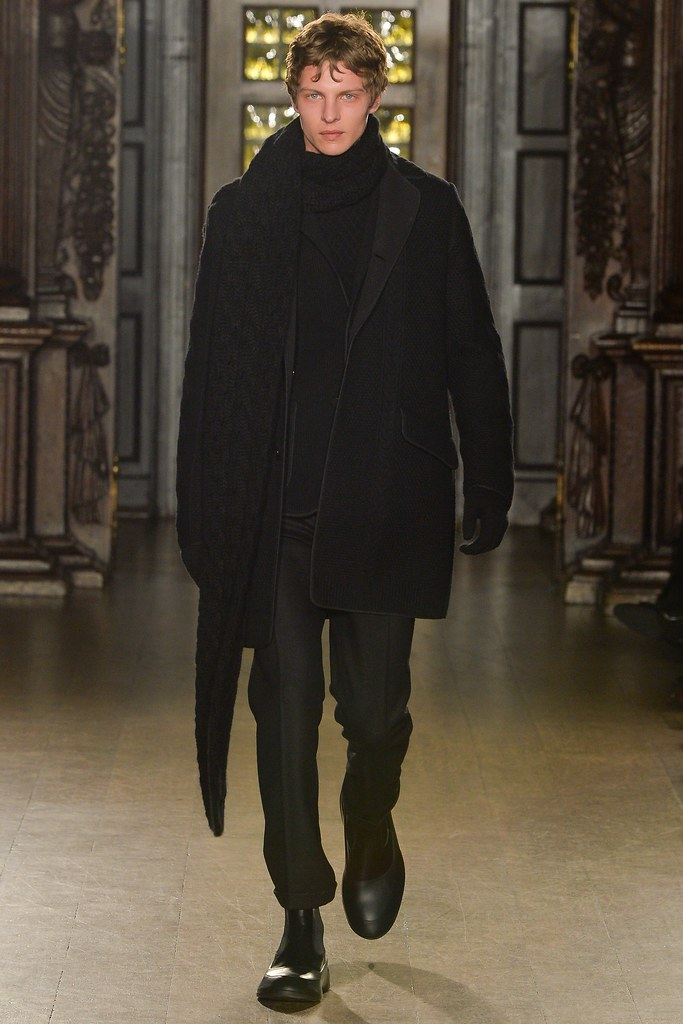 FW15 London Pringle of Scotland001_Tim Schuhmacher(VOGUE)