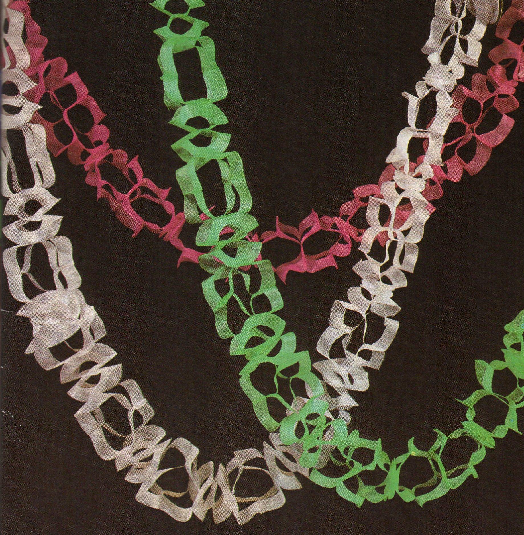 vintage 70s paper chains