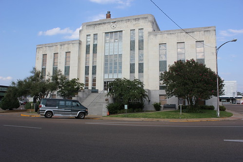 texas courthouse smalltown crockett houstoncounty