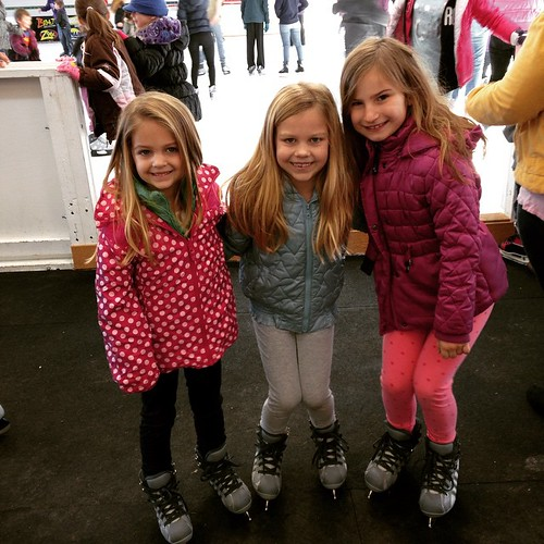 Free ice skating day is our fav! @mhk