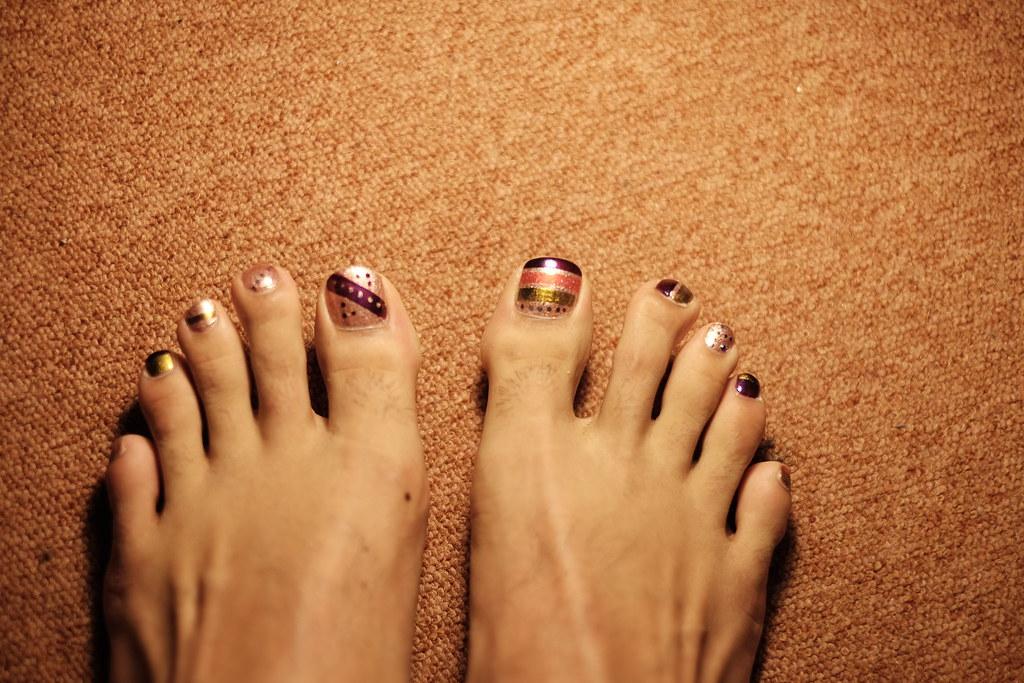 Nail Polish On Mens Toes - Creative Touch