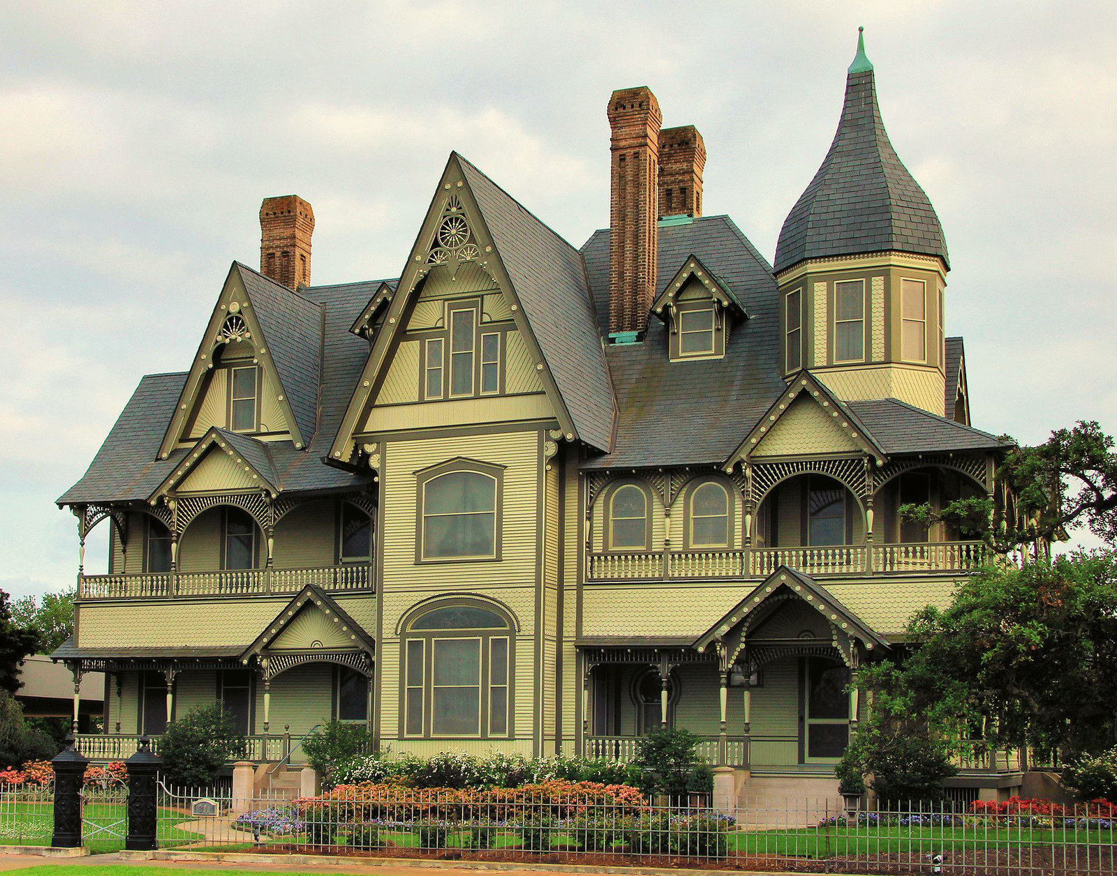 W. H. Stark House, Orange, Texas. Credit Larry D. Moore
