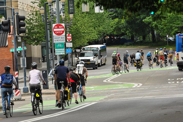 Portland bike traffic-8.jpg