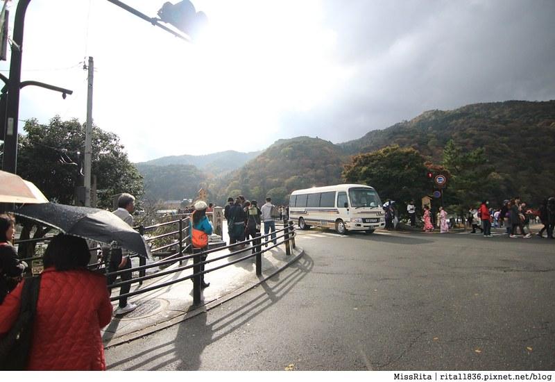 《食記》京都嵐山‧渡月橋旁的白色小屋咖啡館「%Arabica(嵐山店Kyoto Arashiyama)」,坐擁一片山水風景配上一杯美麗拉花的拿鐵❤