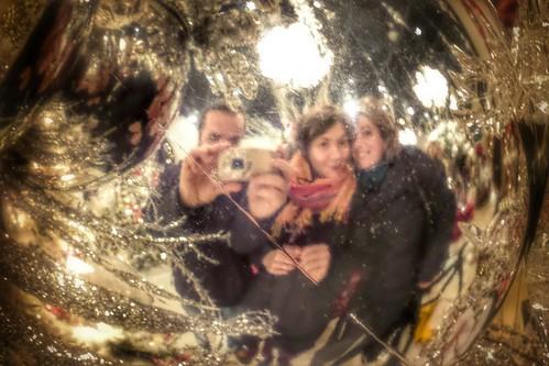 Dentro alla sfera della #festa