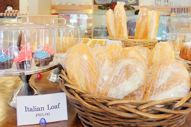 Breads and cupcakes at Harina Artisan Bakery