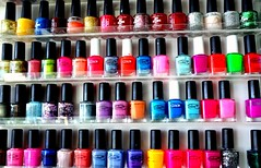 nail care(0.0), magenta(1.0), nail polish(1.0), glitter(1.0), azure(1.0), pink(1.0), beauty(1.0), cosmetics(1.0),