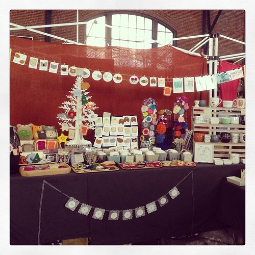 All set up @artstarphilly Fall Craft Bazaar @ 23rd St Armory! Here til 7 today, tomorrow 11-7 too! Booth #40 😬😘 #migrationgoods