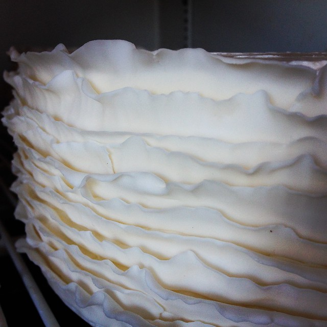 fondant ruffles wedding cake