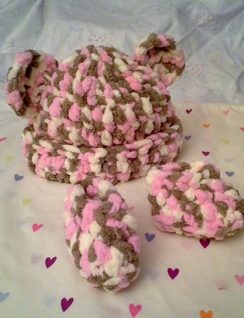 Neapolitan Baby Bear Hat