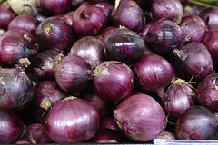 vegetable, onion, red onion, shallot, purple, produce, food,
