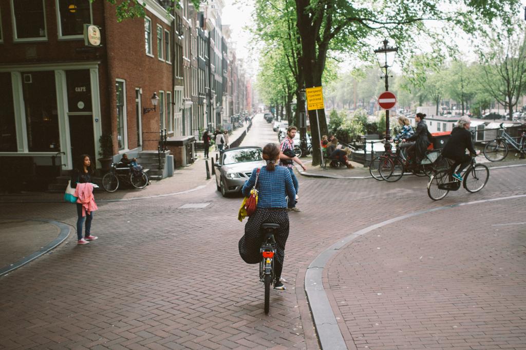 阿姆斯特丹 Amsterdam 踩單車 Amsterdam 踩單車 轆轆遊記。在 Amsterdam 踩單車的幾種路 15776873541 3014f886ab b