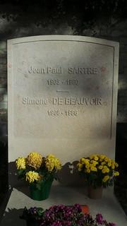 صورة Jean-Paul Sartre. de montparnasse cimitière