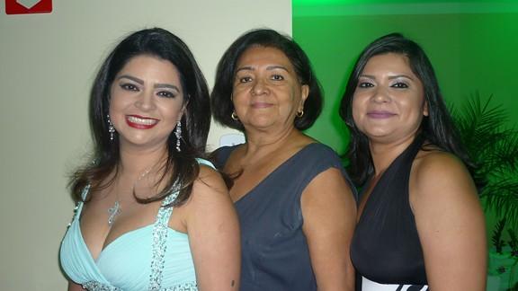 Ana Bárbara, Ivanilda e Lívia Branches