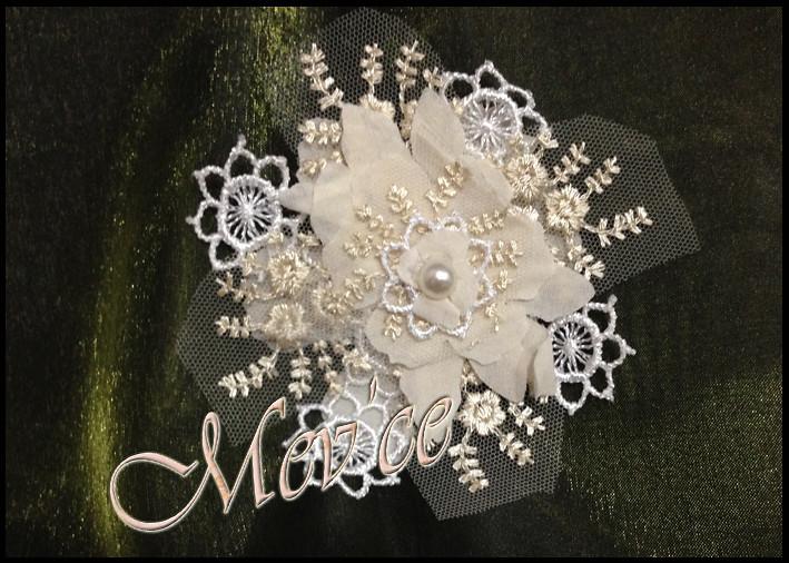 Cream Flowers 03