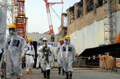 福島第一核電站災後清理工作的負責人承認,目前還沒有理由對進展感到樂觀,因為有成千上萬名工作人員還在繼續與大量的輻射性污搏鬥。圖片來源:Greg Webb / IAEA