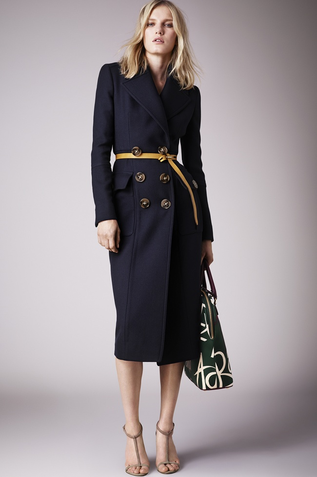 2 Burberry Prorsum Womenswear Spring_Summer 2015 Pre-Collection
